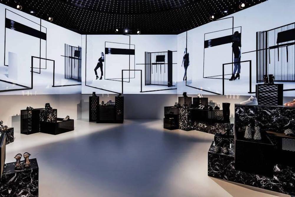 lvmh luxury digital stores